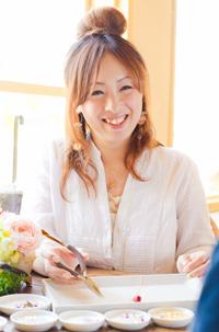 kiji-naka-momo01